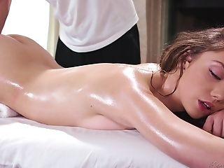 Big Explosion Of Fat Dick Vanishes In Stunning Elena Koshka