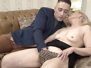 Matures Blonde Granny Nanney Rails Dick With Her Saggy Old Butt