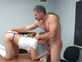 College Girl Screams With Inches Smashing Her Beaver Big Time