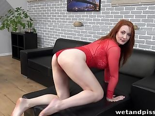Ginger-haired Named Isabella Lui Just Perceives Awesome Masturbating Herself